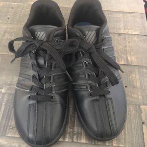 K-Swiss Varsity Size 3.5Y Black EUC